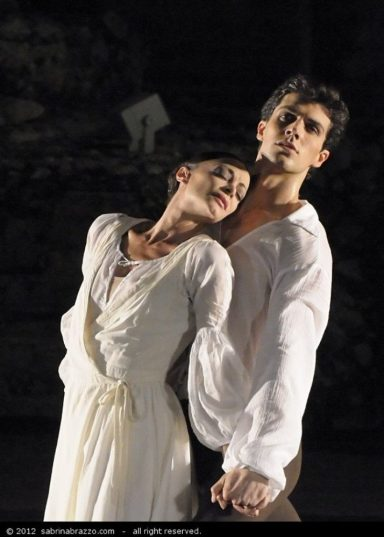 Sabrina Brazzo with Roberto Bolle in L'Arlésienne (Bolle & Friends)