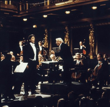 Thomas Hampson performing with Leonard Bernstein