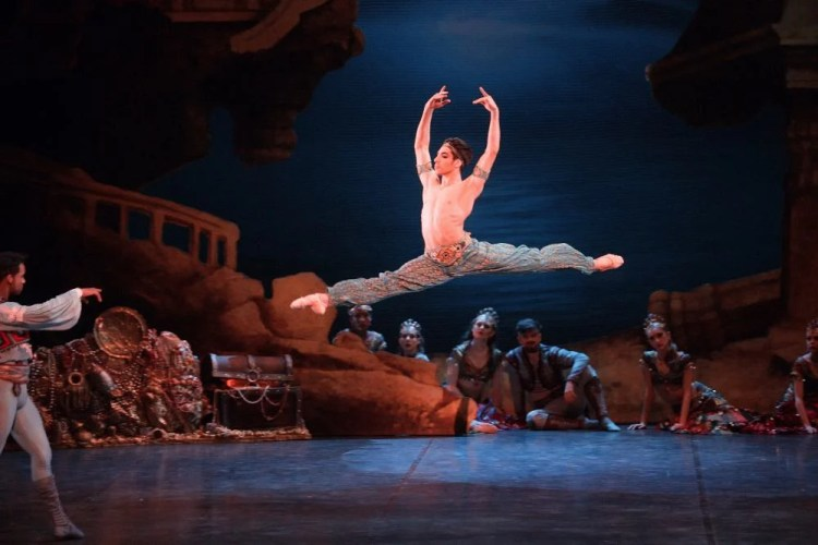 Cesar Corrales as Ali in Le Corsaire