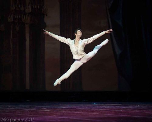 Jacopo Tissi in Diamonds, photo by Alex Pankov