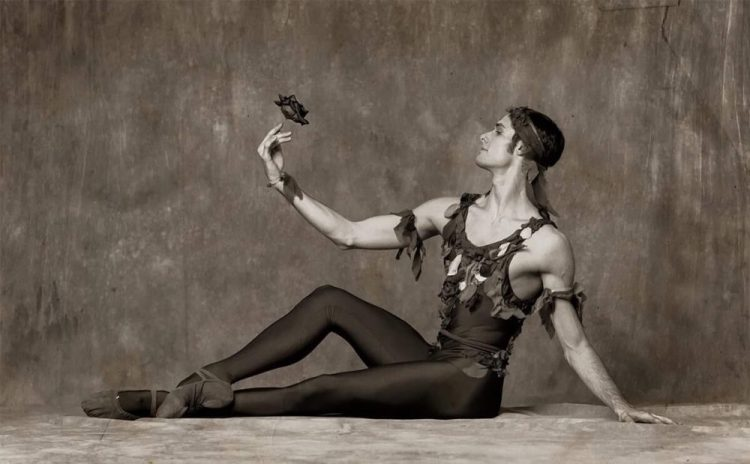 Jacopo Tissi in Le spectre de la rose, photo by Alexander Yakovlev