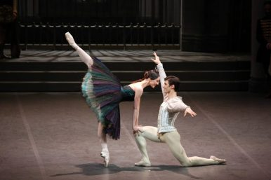 Martina Arduino and Nicola Del Freo in Swan Lake, photo by Brescia e Amisano © Teatro alla Scala 2