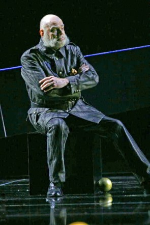 Gregory Reinhart as Arkël in Pelléas et Mélisande, Paris