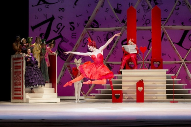 Itziar Mendizabal as the Queen of Hearts and Artists of the Royal Ballet in Alice's Adventures in Wonderland, The Royal Ballet © ROH, Johan Persson 2013