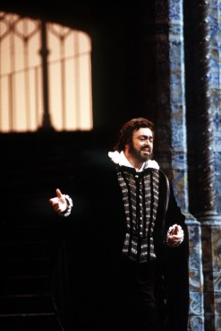 Don Carlos in the 1992 1993 season