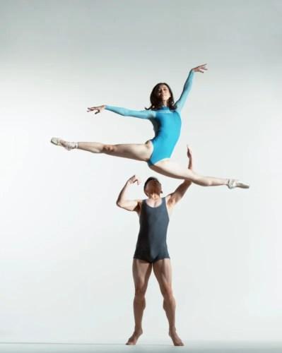 from extension reel 007 Ako Kondo & Chengwu Guo