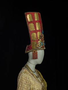 Les Troyens, detail, 1982, costume by Lagerfeld, photo by Francesco M. Colombo