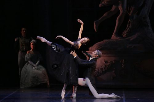 Marianela Núñez with Mick Zeni in Onegin, photo by Brescia e Armisano, Teatro aalla Scala 2017