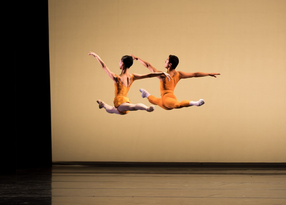 Momoko Hirata and Tzu Chao Chou in Concerto, photo Andy Ross