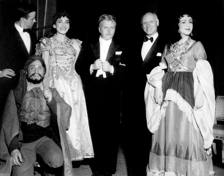 Victor de Sabata with Franco Zeffirelli, Angelo Mercuriali, Maria Callas, Gianandrea Gavazzeni and Jolanda Gardino after Il turco in Italia, 1955