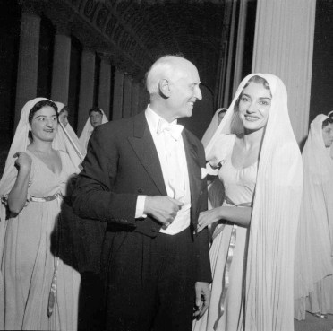 Victor de Sabata with Maria Callas after La vestale, 1954 conducted by Antonino Votto