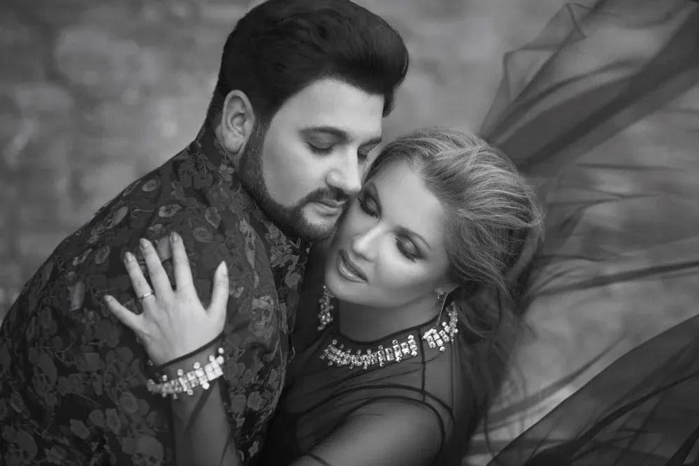 Anna Netrebko and Yusif Eyvazov in cover art for the Romanza album