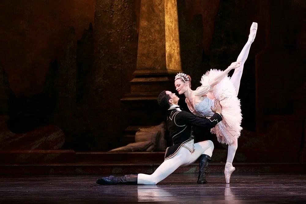 Birmingham Royal Ballet in rehearsal for Sleeping Beauty, photos by Dasa Wharton 22