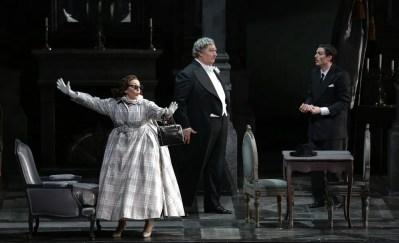 Don Pasquale with Feola, Maestri and Olivieri © Brescia e Armisano, Teatro alla Scala 2018 01