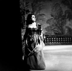 Leyla Gencer in Idomeneo, photo by Lelli e Masotti