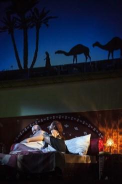 L'italiana in Algeri 2018, Peter Kálmán (Mustafà), Rebeca Olvera (Elvira) © Salzburger Festspiele, Bernd Uhlig