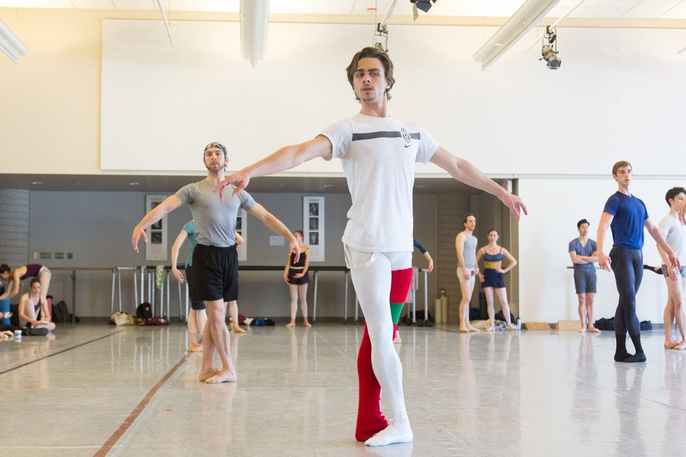 Francesco Gabriele Frola With Artists Of The Ballet In Company Class. Photo By Aleksandar Antonijevic, 2015