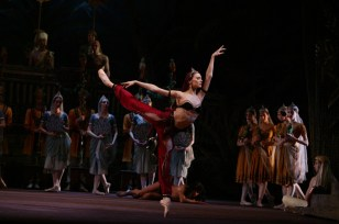 Svetlana Zakharova As Nikiya In La Bayadére, Photo By Damir Yusupov, 2004