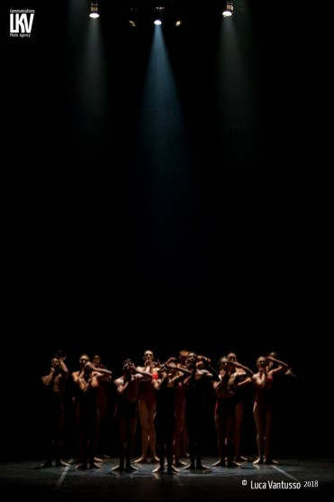 Ballad unto by Dwight Rhoden, Complexions - photo by Luca Vantusso - 21
