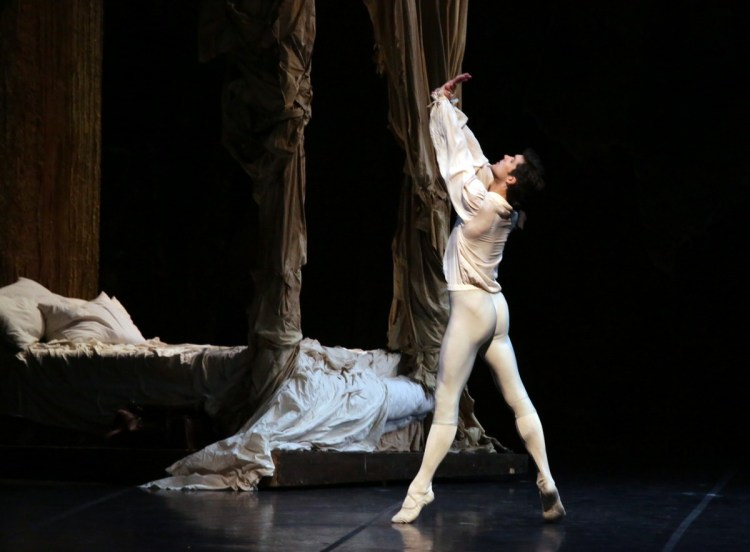Manon - Roberto Bolle, photo Brescia e Amisano, Teatro alla Scala, 17 October 2018Federico Fresi (2)