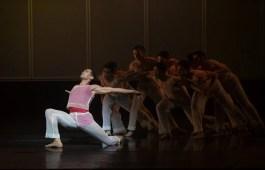 19 Embrace by George Williamson with Brandon Lawrence © Dasa Wharton, Birmingham Royal Ballet 2018 02