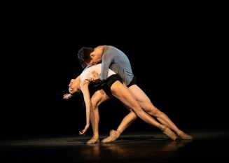 Infra. Yasmine Naghdi and Calvin Richardson ©ROH, 2018. Photographed by Helen Maybanks