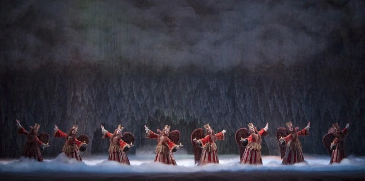 The Nutcracker. Artists of The Royal Ballet. ROH 2010. Johan Persson