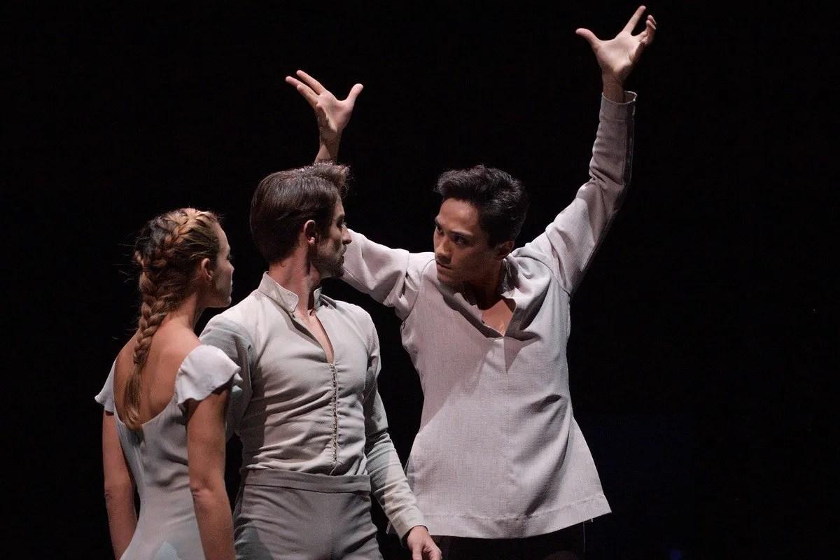 English National Ballet Jeffrey Cirio with Fernanda Oliveira, Fernando Bufala in Akram Khan's Giselle for English National Ballet © Laurent Liotardo