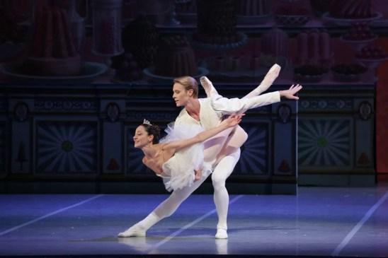 George Balanchine's The Nutcracker®, Nicoletta Manni and Timofej Andrijashenko, photo by Brescia e Amisano, Teatro alla Scala 2018