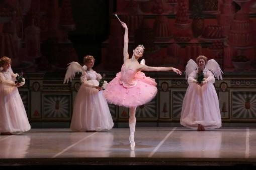 George Balanchine's The Nutcracker®, Nicoletta Manni as the Sugarplum Fairy, photo by Brescia e Amisano, Teatro alla Scala 2018 01