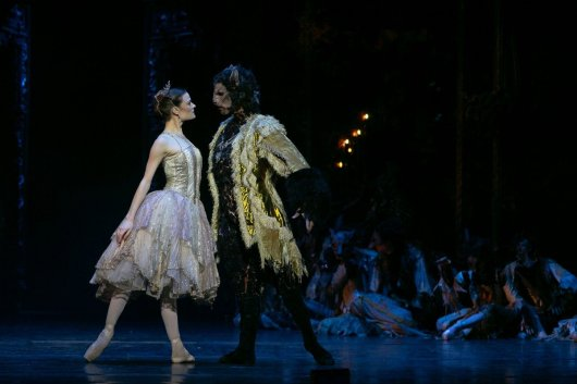Beauty and the Beast by David Bintley, photo by Dasa Wharton, BRB 2019 16