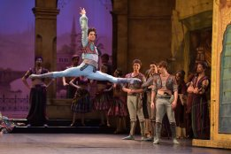 Isaac Hernández in Le Corsaire, photo by Laurent Liotardo