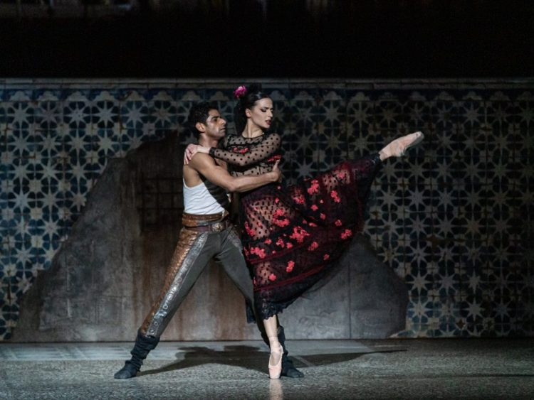 Susanna Salvi and Amar Ramasar in Carmen di Jiří Bubeníček ® Yasuko Kageyama