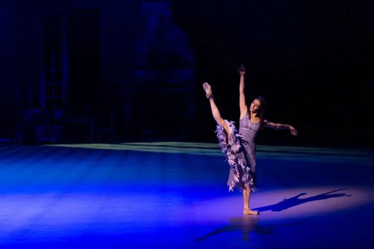 11 Christopher Wheeldon's Cinderella with English National Ballet © Dasa Wharton