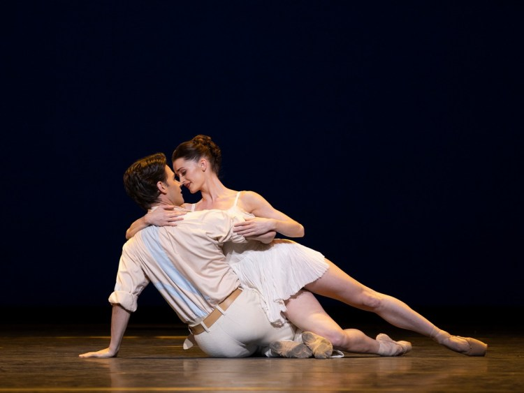 Alexander Campbell and Anna Rose O'Sullivan in Daphnis and Chloe, photo by Andrej Uspenski ROH