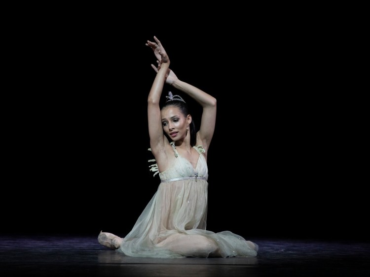 Francesca Hayward in Ondine, photo Andrej Uspenski ROH