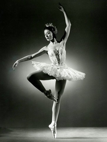 Margot Fonteyn as Princess Aurora in the Sadler's Wells Ballet p