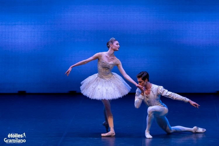 Diamonds (from Balanchine's Jewels) with Alena Kovaleva and Jacopo Tissi © Graham Spicer, Daniele Cipriani Entertainment 7
