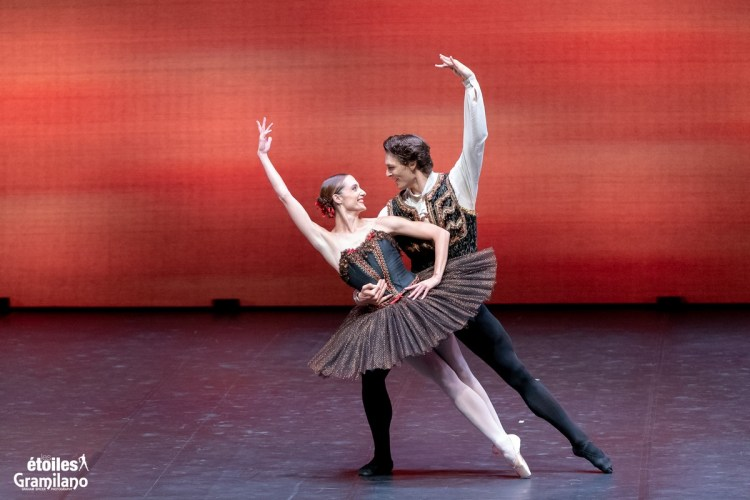 Esmeralda with Dorothée Gilbert and Hugo Marchand © Graham Spicer, Daniele Cipriani Entertainment 5