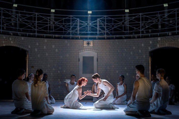 Matthew Bourne, Romeo and Juliet, The Capulet Company (2)