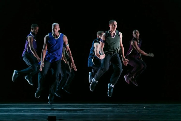 02 Alvin Ailey American Dance Theater in Rennie Harris' Lazarus, photo by Dasa Wharton