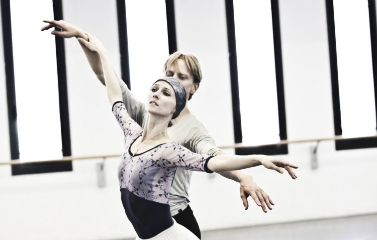 07 Giselle in rehearsal with Svetlana Zakharova and David Hallberg © Brescia e Amisano Teatro alla Scala