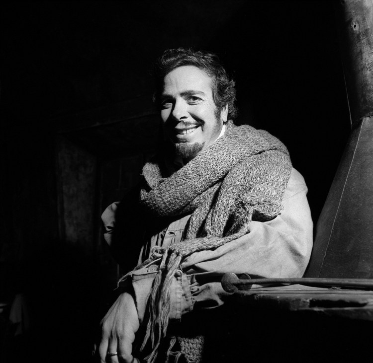 Rolando Panerai in 1975 in La bohème, photo by Erio Piccagliani
