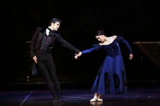 15 Onegin with Roberto Bolle and Marianela Nuñez photo by Brescia and Amisano, Teatro alla Scala 2019