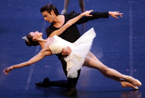 George Balanchine's Symphony in C with Nicoletta Manni and Marco Agostino © School of American Ballet 2019 09