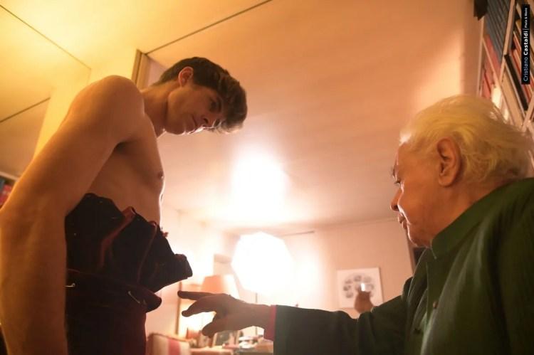 Fitting for Roberto Capucci's costumes for Les Étoiles © Cristiano Castaldi 01