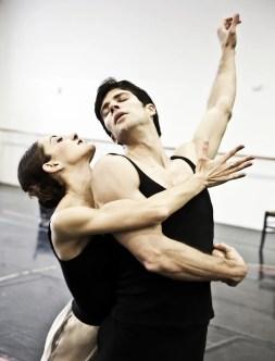 Le Jeune homme et la Mort with Roberto Bolle and Nicoletta Manni, photo by Brescia e Amisano Teatro alla Scala (8)