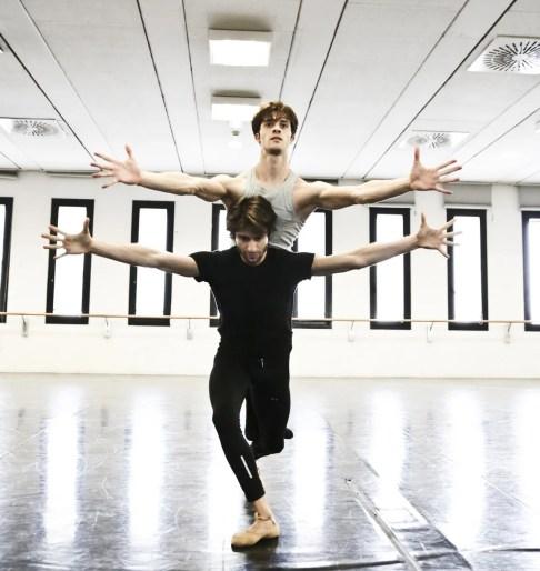Le combat des anges with Claudio Coviello and Marco Agostino, photo by Brescia e Amisano Teatro alla Scala (2)