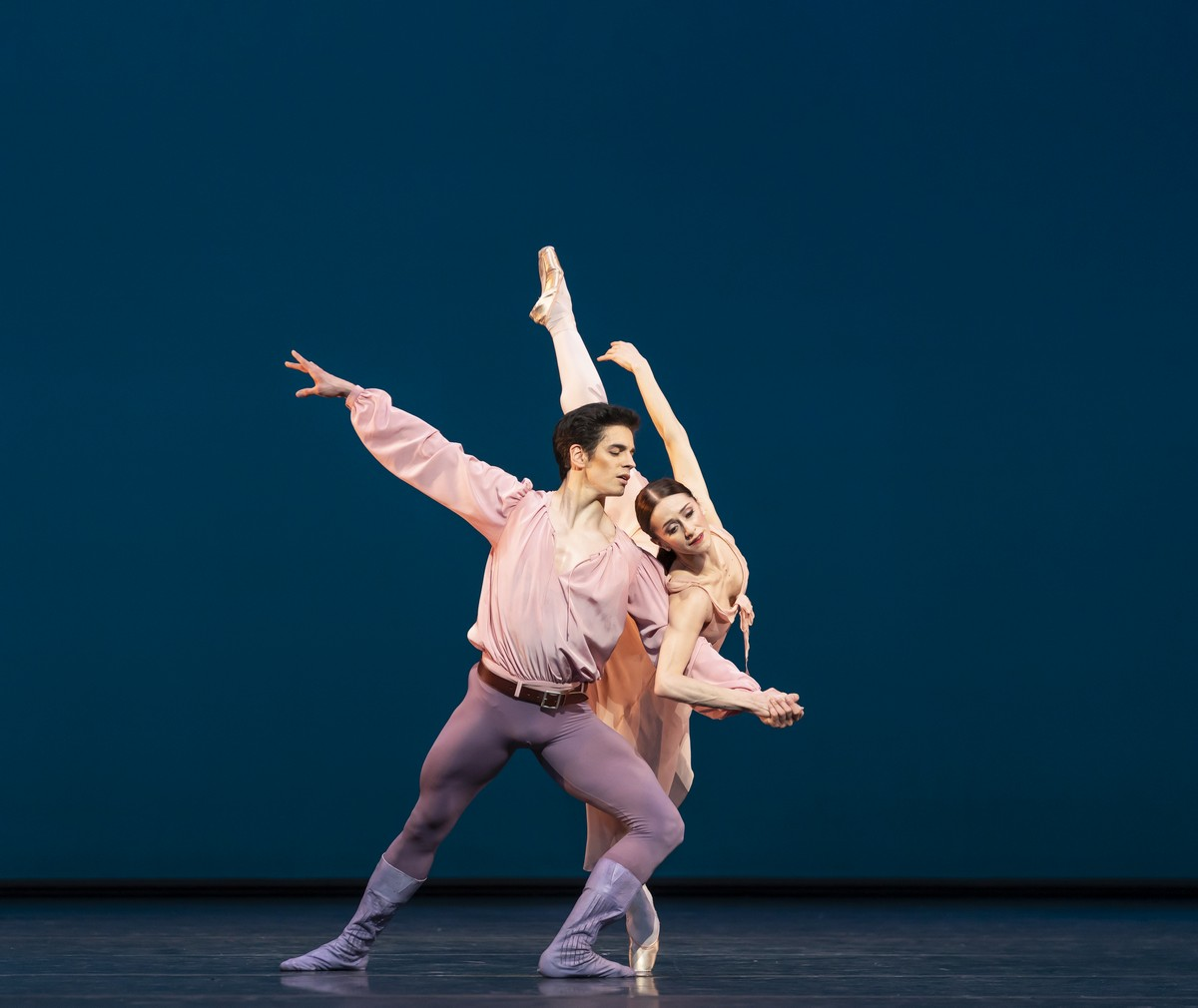 Dances at a Gathering. Federico Bonelli and Marianela Nunez. ©ROH, 2020. Photographed by Bill Cooper.