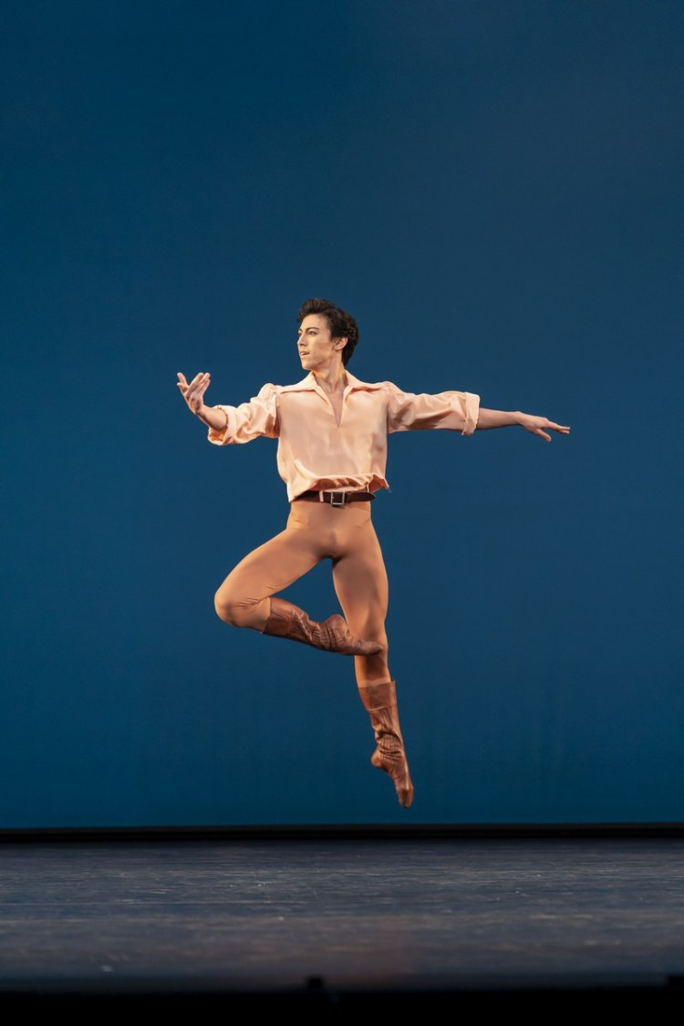 Dances at a Gathering. Luca Acri. ©ROH, 2020. Photographed by Bill Cooper.